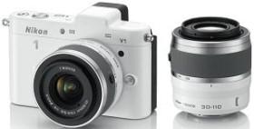 Nikon 1 V1 weiß mit Objektiv VR 10-30mm 3.5-5.6 und VR 30-110mm 3.8-5.6 (VVA102K003)