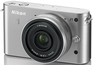 Nikon 1 J1 (EVIL) silver with lens 10mm 2.8 (VVA154K002)