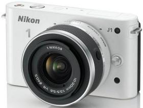 Nikon 1 J1 weiß mit Objektiv VR 10-30mm 3.5-5.6 (VVA152K001)