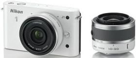 Nikon 1 J1 weiß mit Objektiv VR 10-30mm 3.5-5.6 und 10mm 2.8 (VVA152K004)