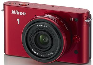 Nikon 1 J1 (EVIL) red with lens 10mm 2.8 (VVA155K002)