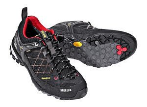 Salewa Firetail GTX (ladies) -- ©globetrotter.de