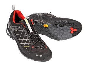 Salewa Firetail GTX (mens) -- ©globetrotter.de