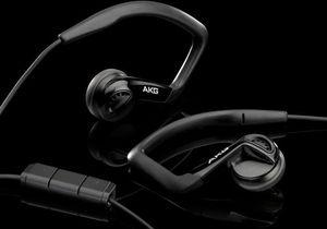 AKG K326 black