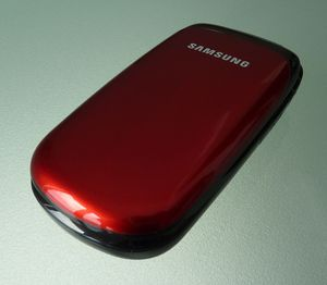 Samsung E1150 ruby red -- © bepixelung.org