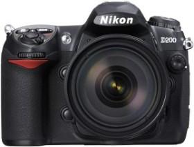 Nikon D200 schwarz mit Objektiv AF-S DX 18-70mm 3.5-4.5G IF-ED (VBA130K001)