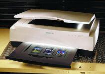 Microtek ScanMaker 2000