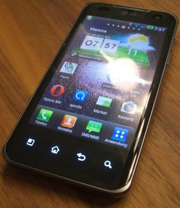 LG Electronics Optimus Speed P990 brown -- © bepixelung.org