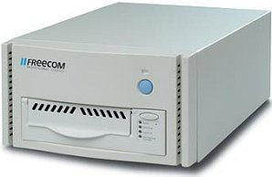 Freecom Tapegoods LTO-215es, LTO-1, 100/200GB, external/SCSI (15825)