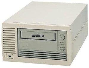Freecom Tapegoods LTO-230es, LTO-1, 100/200GB, external/SCSI (15503)