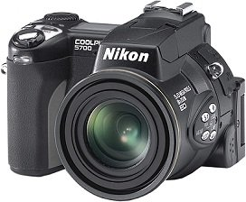 Nikon Coolpix 5700, w tym 2GB Microdrive