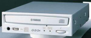 Yamaha CRW-8824S 8x/8x/24x