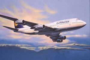 Revell Boeing 747-400 Lufthansa (04219)