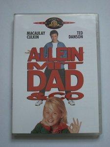 Allein mit Dad & Co -- © bepixelung.org
