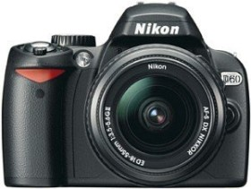 Nikon D60 schwarz mit Objektiv AF-S DX 18-55mm 3.5-5.6G ED II Fatbox (VBA210KG11)