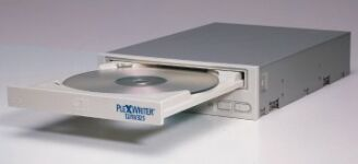 Plextor PlexWriter PX-W1210TSi 12x/10x/32x mit Software, Burn Proof, intern/SCSI, Retail