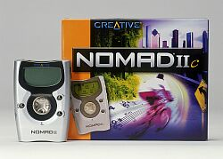 Creative Nomad IIc MP3 player, 2x 32MB
