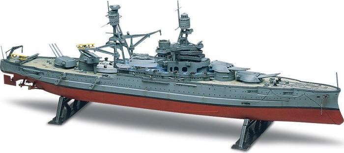 Revell USS Arizona Battleship (10302)