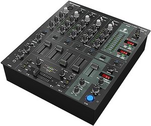 Behringer DJX750 DJ-Mixer schwarz -- © Copyright 200x, Behringer International GmbH