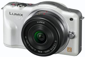 Panasonic Lumix DMC-GF3 (EVIL) white with lens Lumix G vario 14mm 2.5 (DMC-GF3C)