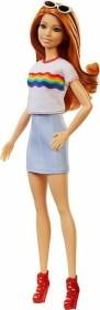 Mattel Barbie Fashionistas Barbie im Regenbogen T-Shirt (FXL55)