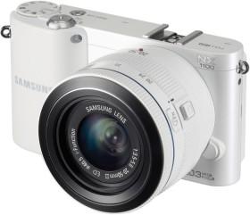 Samsung NX1100 weiß mit Objektiv 20-50mm i-Function + Galaxy Tab 2 7.0
