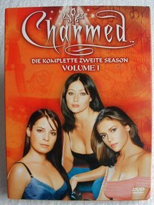 Charmed Season 2.1 -- © bepixelung.org