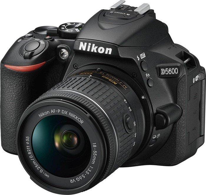 Nikon D5600 black with lens AF-P VR DX 18-55mm 3.5-5.6G (VBA500K001)