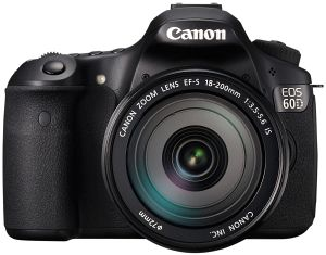 Canon EOS 60D (SLR) with lens EF-S 18-200mm 3.5-5.6 IS (4460B223)
