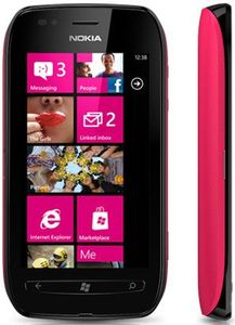 Nokia Lumia 710 black red