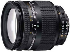 Nikon AF 28-200mm 3.5-5.6D IF schwarz (JAA758DB)