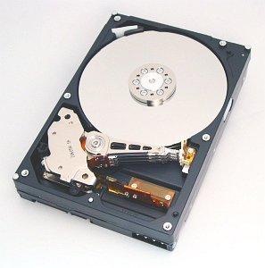 HGST Deskstar 7K160 160GB, IDE (HDS721616PLAT80)