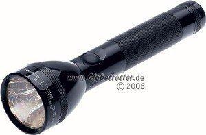 MAG-LITE 2 C-Cell schwarz Taschenlampe (S2C016) -- © Globetrotter.de