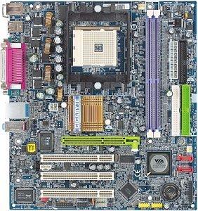 Gigabyte GA-K8VT800M, K8T800 (PC-3200 DDR)