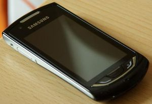 Samsung S5620 Monte with branding