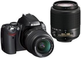 Nikon D40 schwarz mit Objektiv AF-S DX 18-55mm und 55-200mm (VBA150K002)