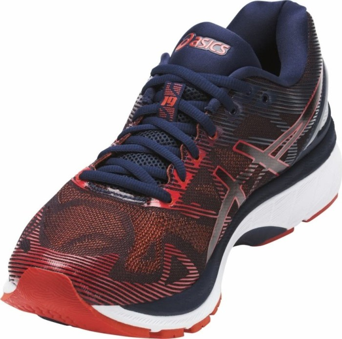Asics Gel Nimbus 19 peacoatred clay ab € 160,00 (2020