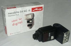 Metz mecablitz 54 MZ-4i for Canon (005424102) -- © bepixelung.org