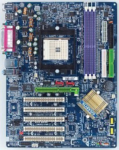 Gigabyte GA-K8NS, nForce3 250 (PC-3200 DDR)