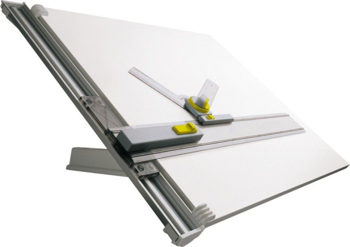 Aristo Studio Zeichenmaschine mit Tisch ZMT A1, 4-stufig, Schnellzeichenkopf (AR7011)