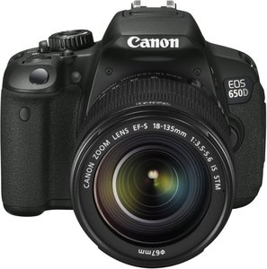 Canon EOS 650D (SLR) with lens EF-S 18-135mm 3.5-5.6 IS STM (6559B032)