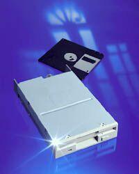 """TEAC FD-235 Floppy 3.5"""" 1.44MB (versch. Farben)"""