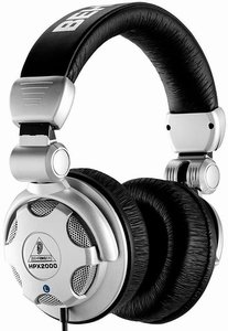 Behringer HPX2000 silver/black -- © Copyright 200x, Behringer International GmbH