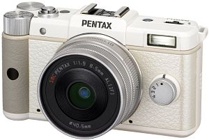 Pentax Q white with lens 8.5mm 1.9 and 5-15mm 2.8-4.5 (15154)
