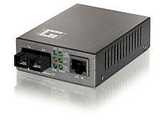 Level One FVT-0104TXFC, 100Base-TX to 100Base-FX