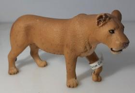 Schleich Wild Life - Lioness, Walking (14363)