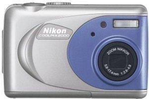 Nikon Coolpix 2000 (VAA120EA)
