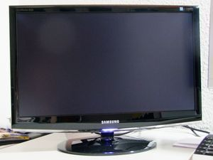 "Samsung SyncMaster 2333T, 23"" (LS23CMZKFZ/EN) -- http://bepixelung.org/16834"