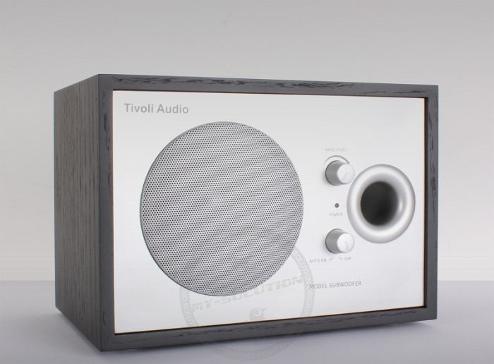Tivoli Model Subwoofer schwarz/silber -- © My-Solution.de