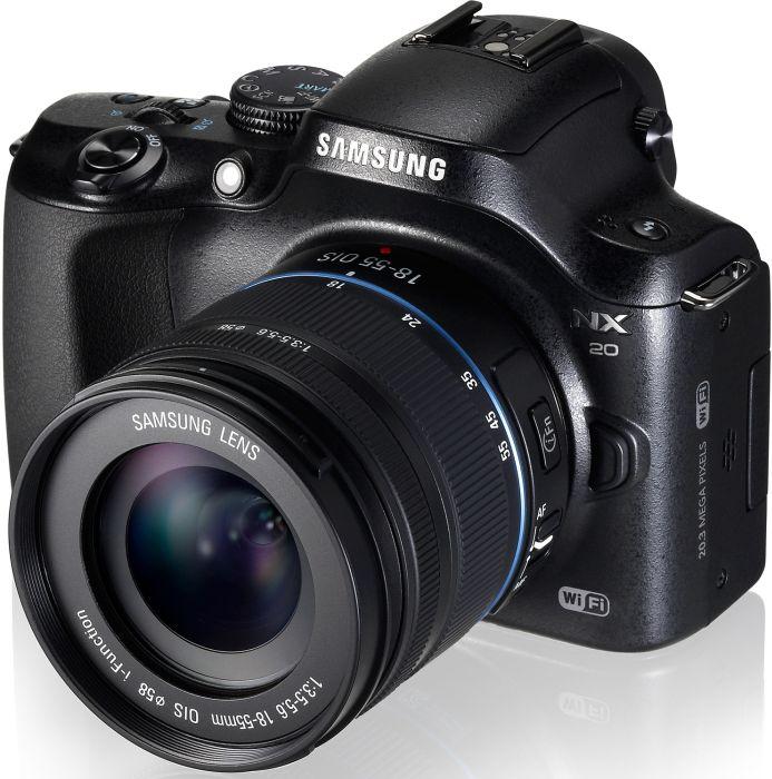 Samsung NX20 schwarz mit Objektiv NX 18-55mm i-Function